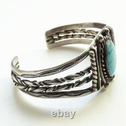 Vintage Native American Navajo Turquoise Cuff Bracelet Sterling Silver Handmade