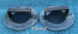 2 Vintage Entiers Sterling Silver 1-5 / 8 Po. Gravé Domed Boucle Retour Conchos