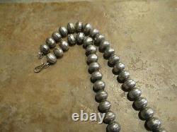 24 Marvelous Vintage Navajo Sterling Silver Pearls Collier De Perles Sur Foxtail