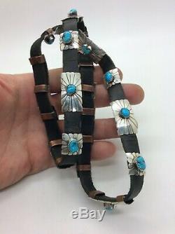 Bande De Chapeau Vintage Amérindienne Navajo Avec Concho En Argent Sterling À Turquoise