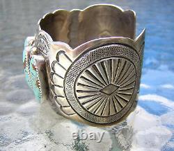 Bracelet Grand Brassard Turquoise Sterling Signé Wb Wilbert Benally Navajo Des Années 1970