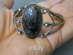 Bracelet Manchette Vintage En Argent Massif Pétrifié Avec Amérindien