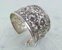 Grand Bracelet De Manchette Antique De Repousse Floral Lourd D'argent Sterling