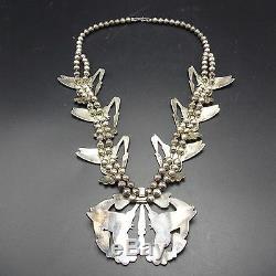 Magnifique Pendentif Hummingbird Vintage Avec Incrustation Multi Stone Vintage En Argent Sterling À Motif Zuni