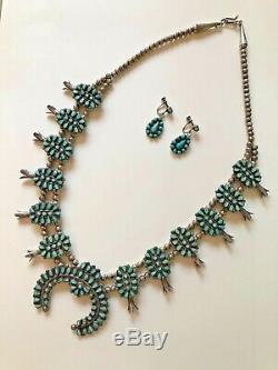 Point De Zuni Petite Vintage Turquoise Squash Blossom Collier Et Boucles D'oreilles Signed