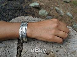Vintage Navajo Bracelet Story Teller Par Lloyd Becenti Indigène Am Cheval Art