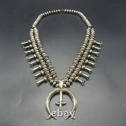 Vintage Navajo Sterling Silver Soucoupe Perles & Cast Naja Squash Blossom Collier